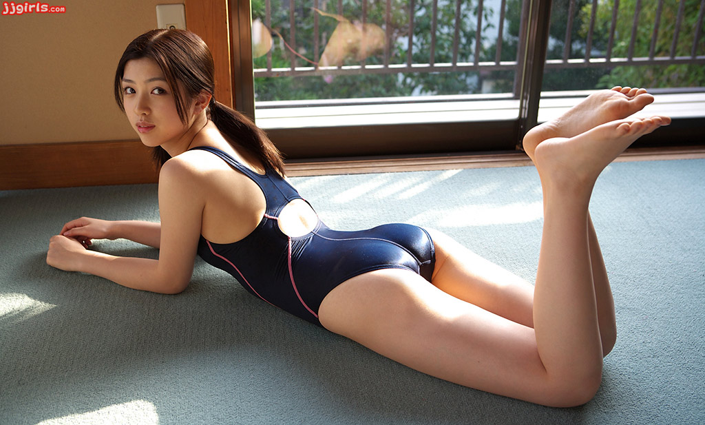 Sexy woman.. Azusa adult has nice