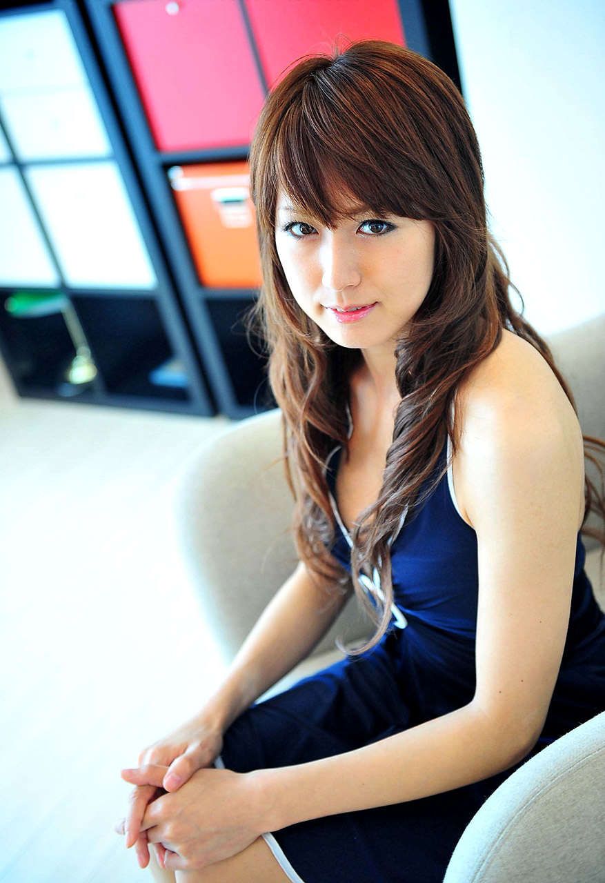 69DV Japanese Jav Idol Rin Hitomi 瞳りん Pics 38!