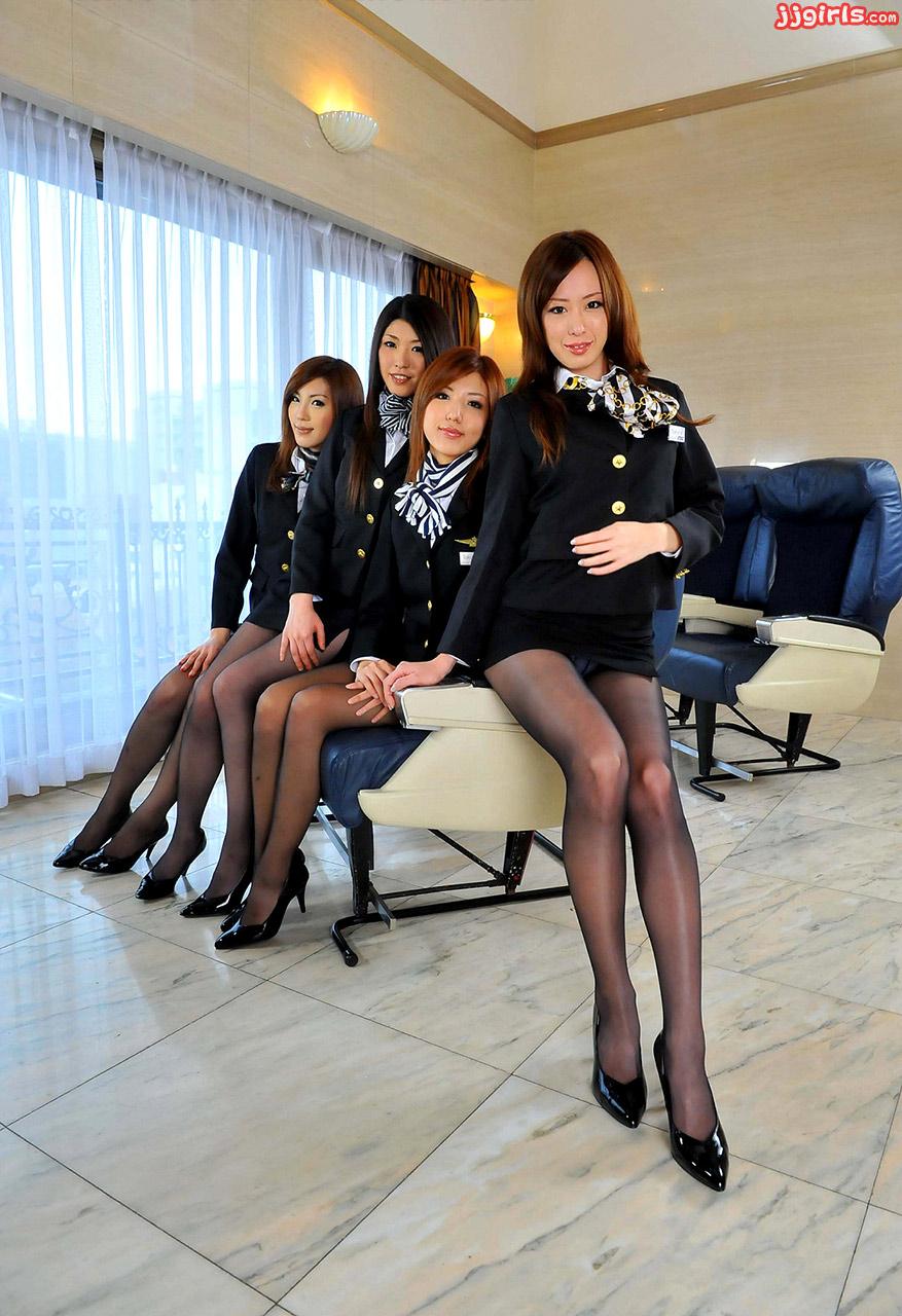 Японская стюардесса порно 26 фотография