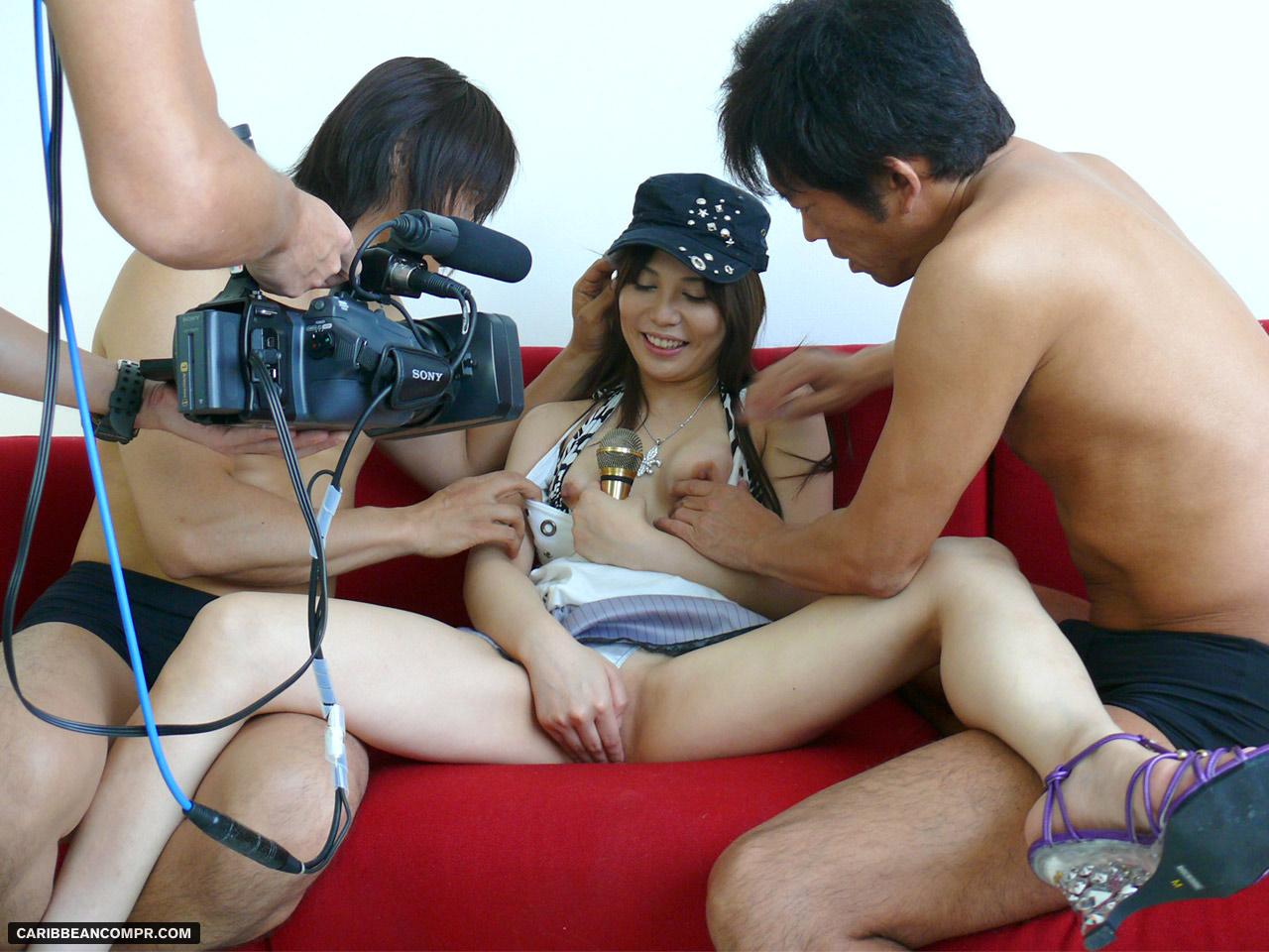 porno-v-reportersha
