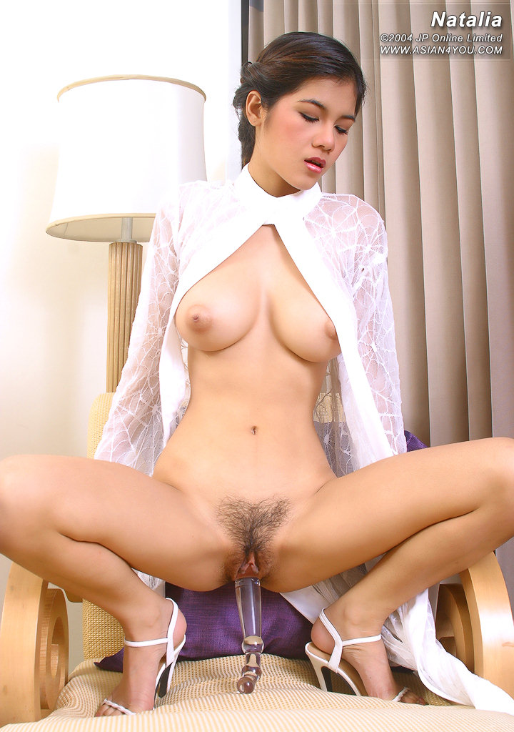 Japanese girl ai sayama full body oil 5